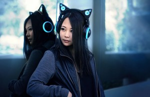 cat-ear-headphones-artmanik-1