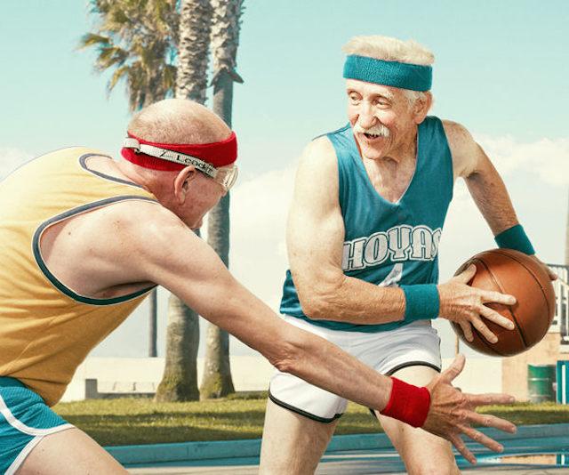 basketbol-oynayan-yasli-insanlarin-fotograf-serisi-artmanik-4