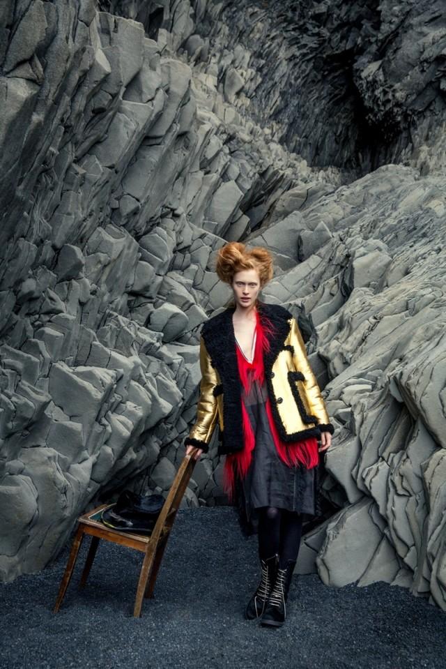 sineklerin-tanrisi-izlandadaki-moda-cekimine-ilham-veriyor-artmanik-7