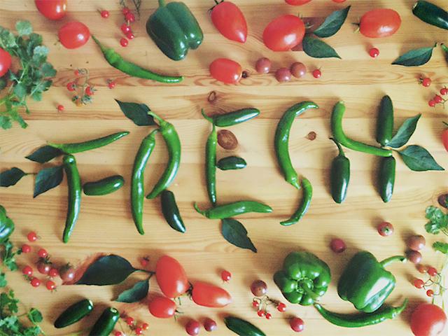 becca-clason-ile-yiyeceklerle-tipografi-sanati-artmanik-2