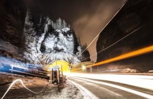 bir-sokak-sanati-geceyi-boyamak-artmanik-1