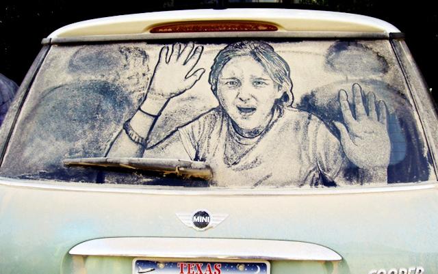 tozlu-araba-camlari-uzerindeki-sanat-artmanik-16
