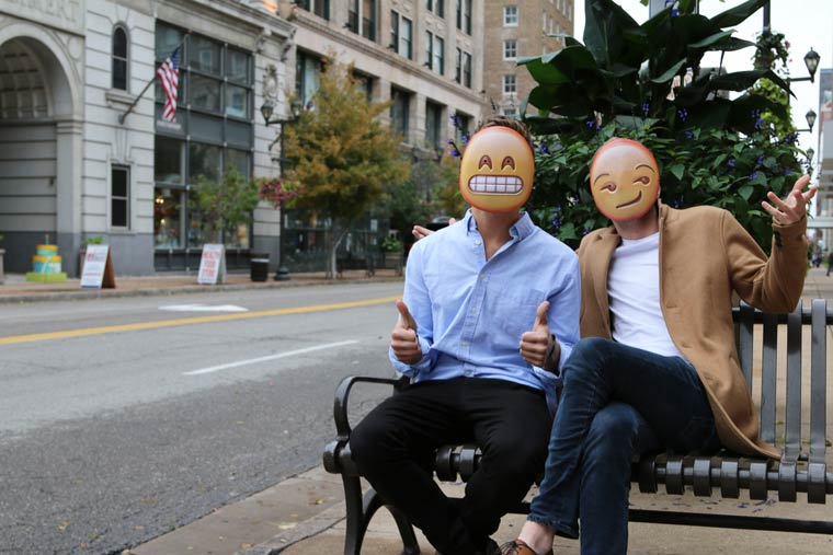 birbirinden-eglenceli-emojiler-artik-sokakta-artmanik-10