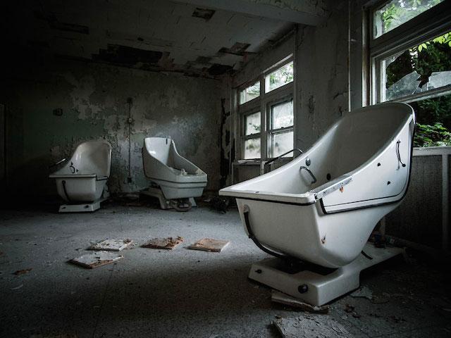 newyorkta-gizemli-ve-terkedilmis-bir-hastane-artmanik-7