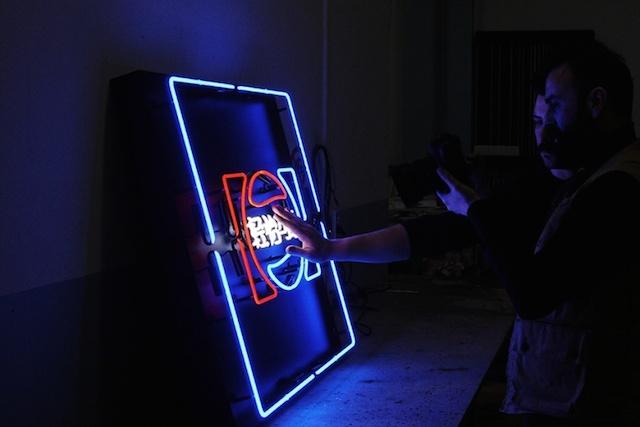 tipografik-neon-isaretler-serisi-chinatown-artmanik-13