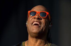 playlist-stevie-wonder-artmanik
