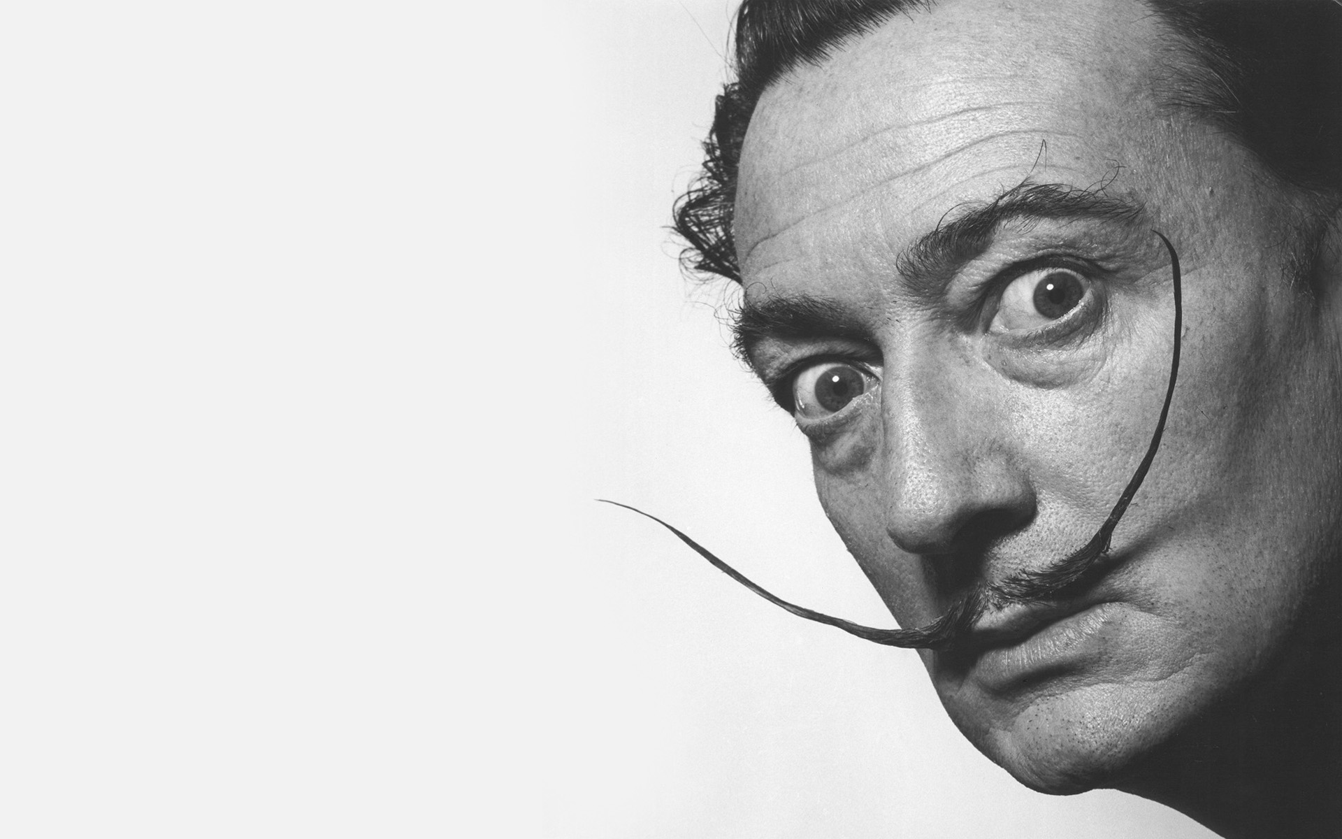 salvador-dali-ve-surrealizm-calismalari-artmanik